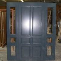 Pilkos durys