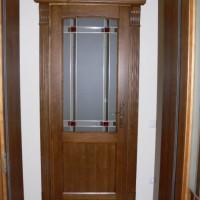 Rudos durys su stiklu
