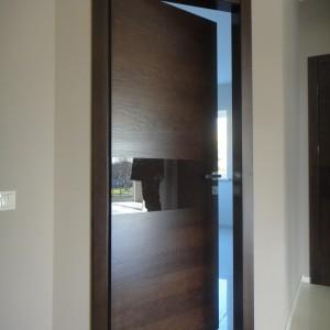Rudos vidaus durys