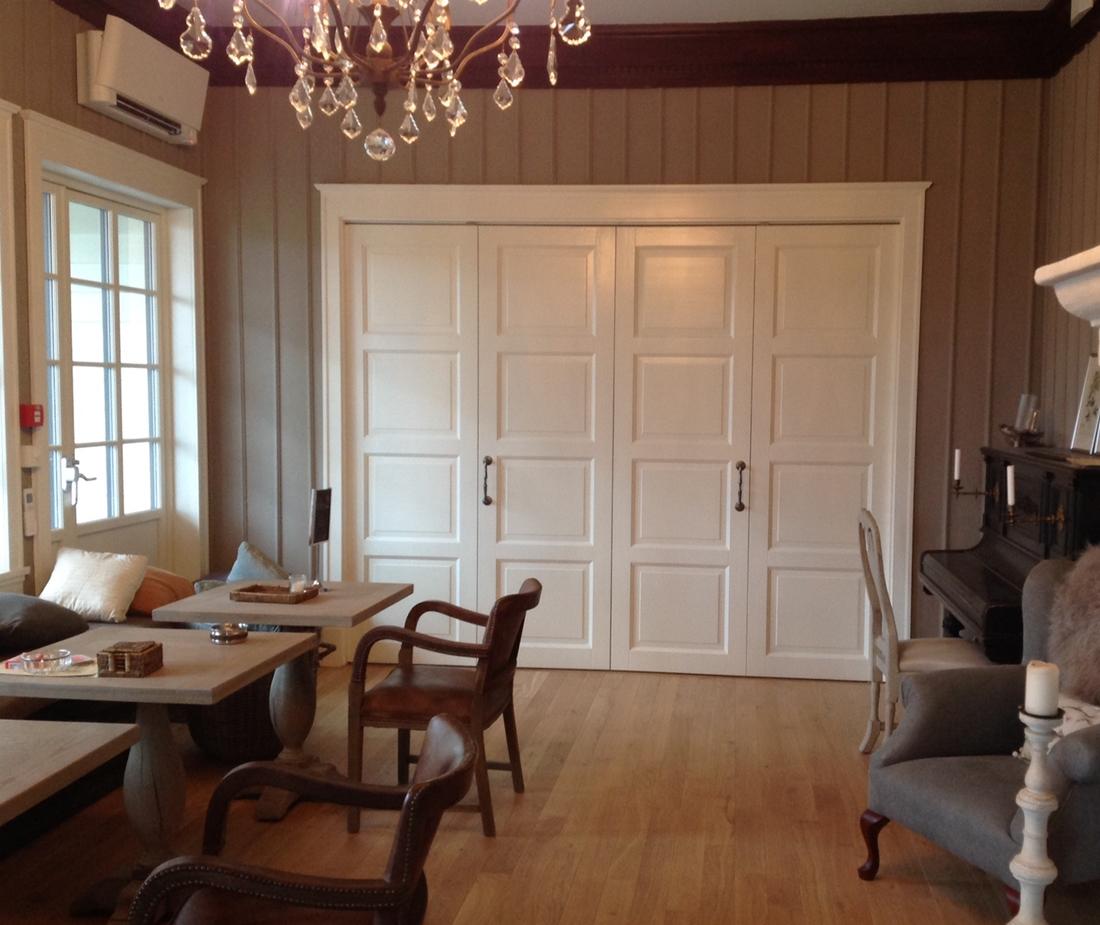 Vidaus baltos durys